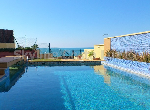 pool, piscina, villa in roche, conil, costa luz