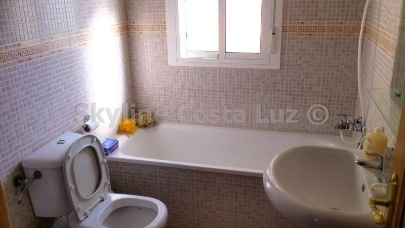 bad, baño, bathroom, villa in pinar franceses, chiclana, costa de la luz   copia