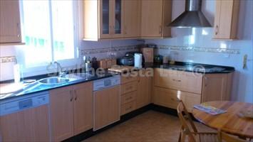 kitchen, cocina, küche, villa in pinar franceses, chiclana, costa de la luz