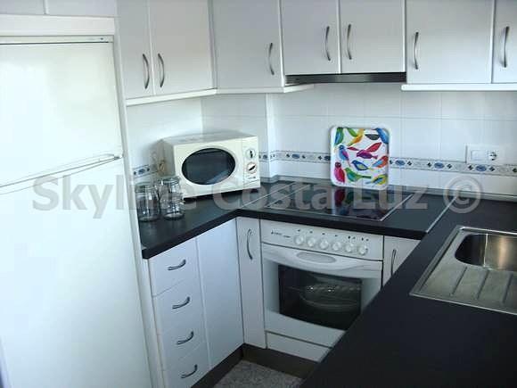 cocina, kitchen, küche, apartment in novo sancti petri, chiclana, costa de la luz
