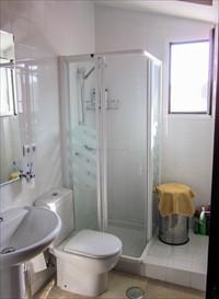 en suite shower room master bedrom